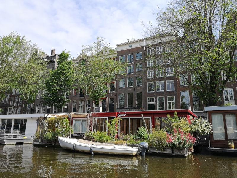 Amsterdam_Grachtenfahrt_Hausboote