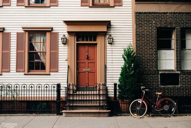 Häuserfront_Heimat