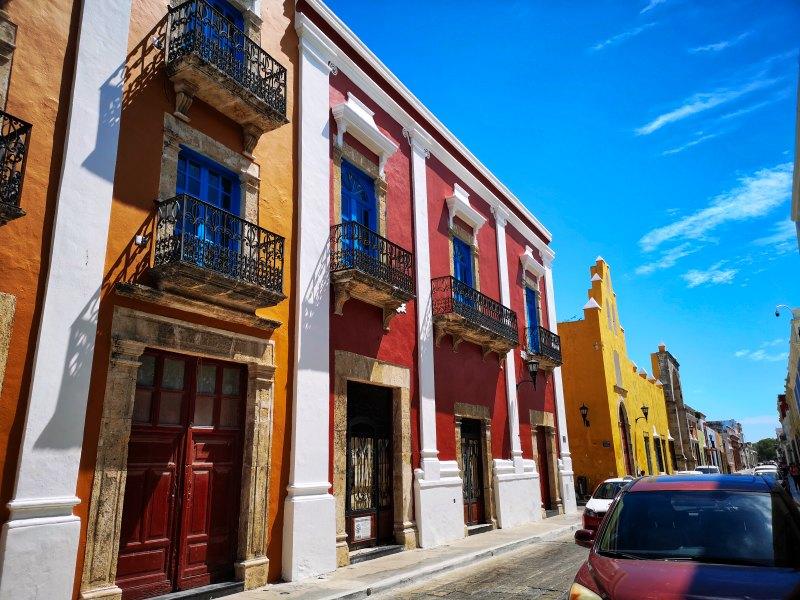mexiko-yucatan-campeche-häuserfront