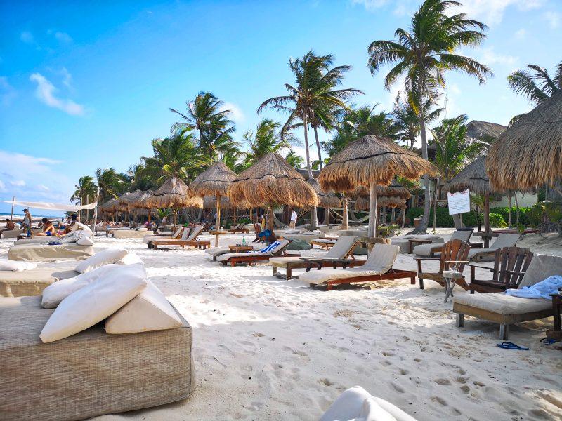 mexiko-yucatan-rundreise-tulum-strandbar