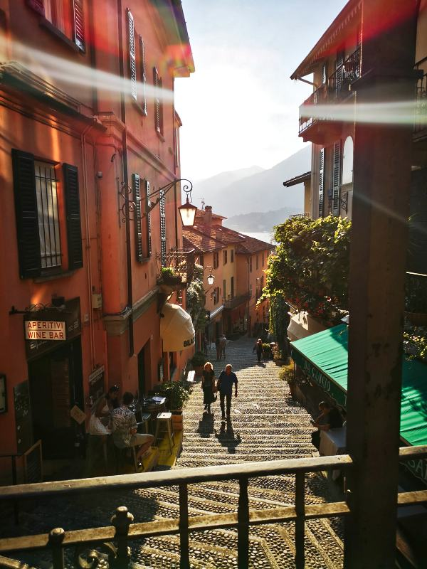Bellagio_Comer See_Gasse_Ausblick_Italien_Rundreise_Modeblog_Kulturblazer